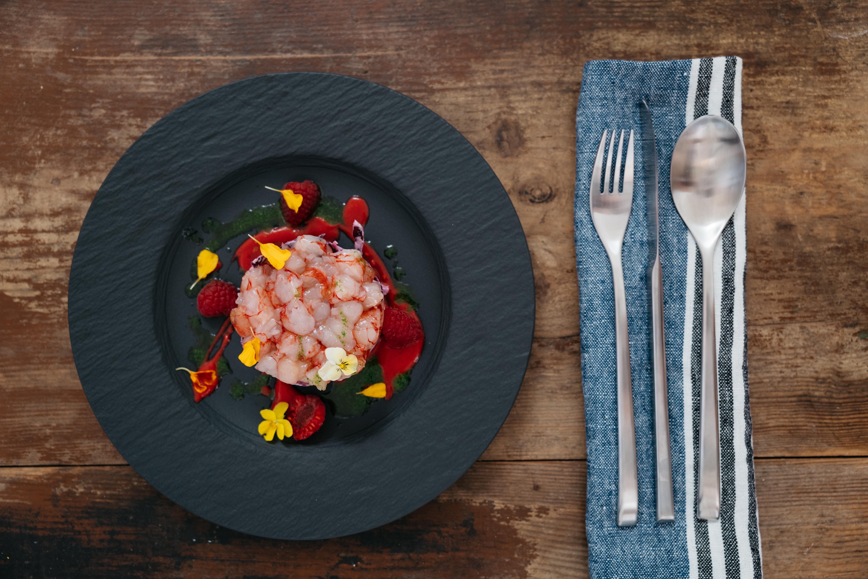 Gamberi a colazione: il nuovo trend del brinner nella ricetta rossa di Valerio Braschi