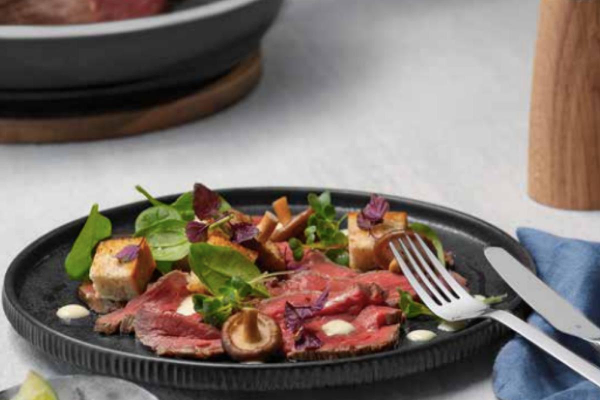 Carpaccio gourmet con funghi Shiitake e wasabi