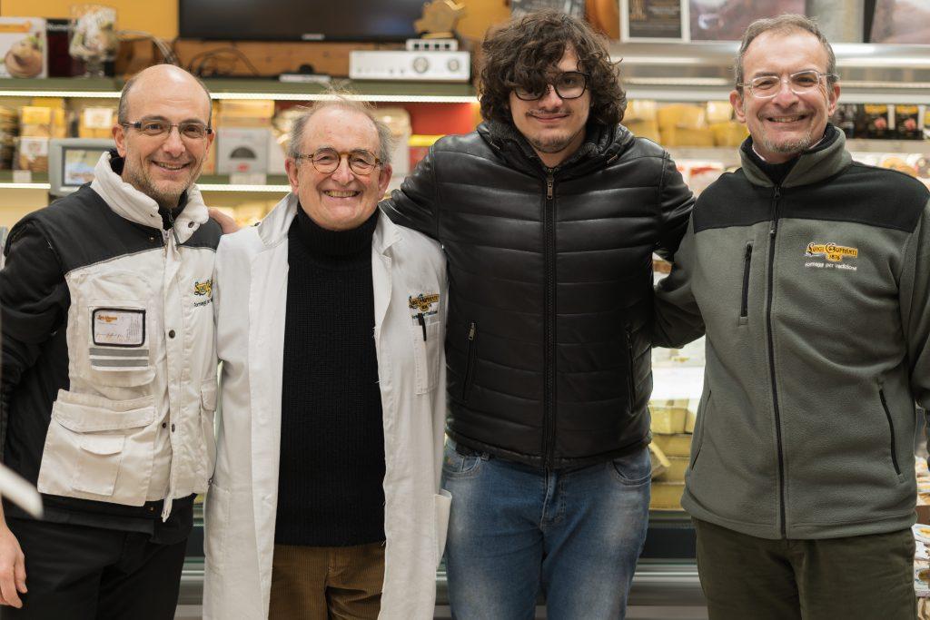 Guffanti Formaggi staff con Valerio Braschi